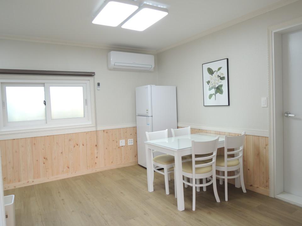 '엄마집 렌트하우스 - 한경점 5호(1.5룸)'의 숙소 대표 사진